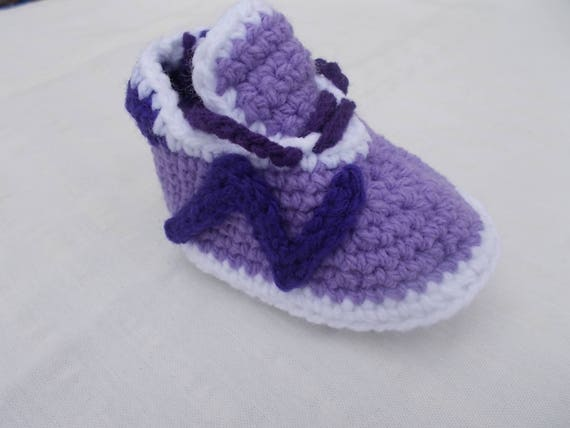 Items similar to Crochet Baby Shoes, baby nike, New Balance 490v3, Baby  Converse Crochet, Nike Shoes, Crochet Tennis Shoes, Crochet Baby Booties,  ...