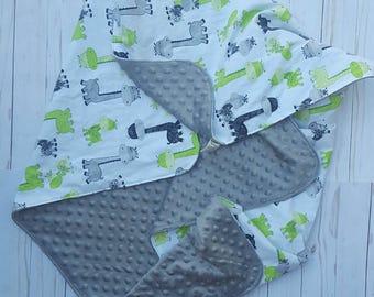 Giraffe Minky Blanket- crib bedding, baby shower gift for girl, minky baby blanket, baby bedding, baby nursery, pink and grey