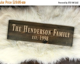 SALE Personalized Family Sign, Wooden Name Sign , Front Door Decor, Family Last Name Sign, Newlywed Gift, Wedding Sign, Wood Sign Name, Door