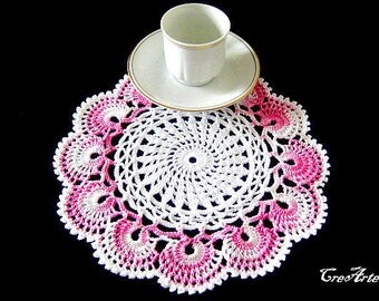 Small Pink and White crochet doily, Centrino piccolo rosa e bianco all'uncinetto