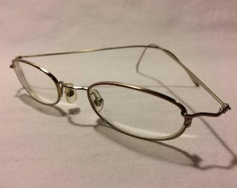 Vintage Chesterfield Eyeglass Frames Women Glasses Made in Italy Gold Full Rim Metal Eye Glasses Frame Rx Eyeglasses 43-20-130 E11 AG7020