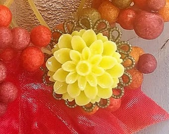 Yellow Dahlia Ring - Yellow Flower Ring - Antique Bronze Ring - Yellow Ring - Flower Ring - Filigree Ring - Adjustable Ring, Vintage Jewelry