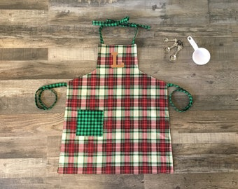Kids Red Plaid Personalized Apron, Red Custom Apron, Green Kids Apron, Art Apron with Pocket, Baking Apron, Plaid Personalized Apron