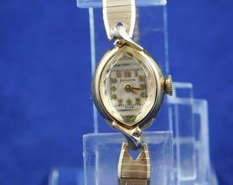 Vintage Bulova Wrist Watch Ladies Gold