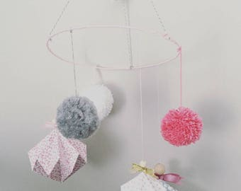 Mobile origami diamonds and tassels wool for baby girl flower grey pink polka dot wood heart