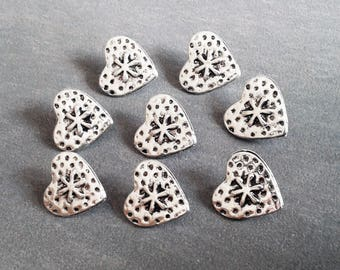8 buttons 18mm metal hearts silver color