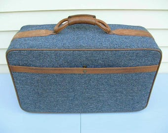 "Vintage Hartmann Tweed Luggage Suitcase With Belting Leather 21"" Carry On Overnight Bag Blue Grey Tweed Excellent Condition"