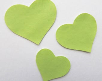 Set 3 green leatherette hearts