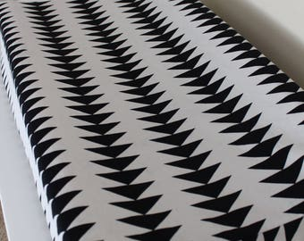 Black and White changing pad cover, baby bedding, triangle changing pad cover, Gender Neutral Changing Pad cover, Tribal bedding, Modern