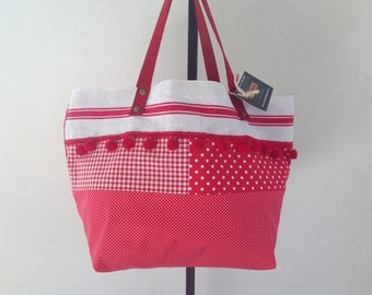 """Hand bag """"Boudoir"""" red and white in Vichy cotton. With dots, lines and squares."""