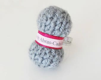 Ring of grey yarn (customizable)