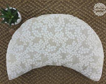 Zafu portable crescent Moon Amma Therapie   Yoga & Meditation Cushion   Buckwheat hulls   Canvas Cotton natural   White leaves