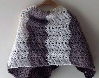 Baby wool poncho, wool shoulder poncho, wool shawl, wool shawl, crochet poncho, handmade poncho, baby crochet Poncho