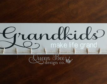 Grandkids Make Life Grand Photo Hanger.Photo Display.Grandkids Sign.Picture Frame.Picture Display. Mother's Day Gift Idea. Gift Idea