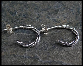 Hoops earrings, made from twisted wire, sterling silver 0.925, 15mm (1/2 inch), handmade. Antique silver (oxydized). 228
