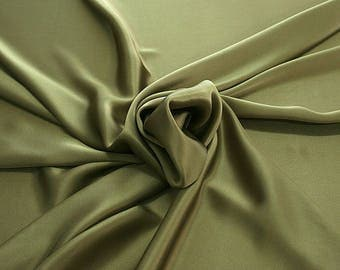 812184-Natural silk crepe Satin 100%, width 135/140 cm, made in Italy, dry cleaning, weight 98 gr