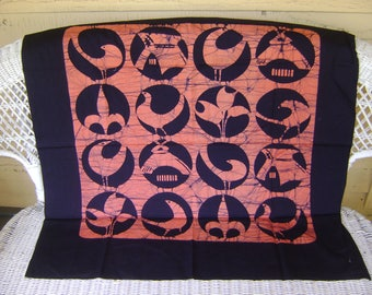 Vintage Furoshiki Large Fabric with Orange symbols in Interlocking Circles on Black Background, Wall Hangings, Craft Supplies