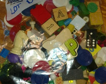 one pound toy game peace token junk drawer Lot D