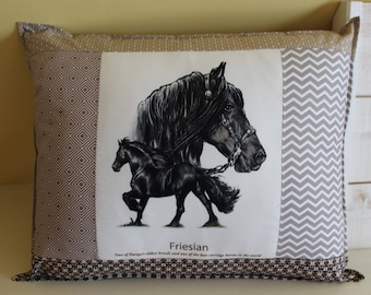Horse pillow / FRIESAN