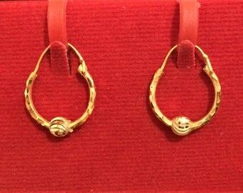 Beautiful pair of Hoops Bali Earrings in Pure 18ct Gold