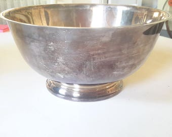 Large Revere Style Silverplate Bowl by Oneida