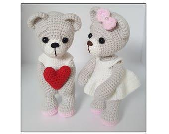 Bear couple with heart