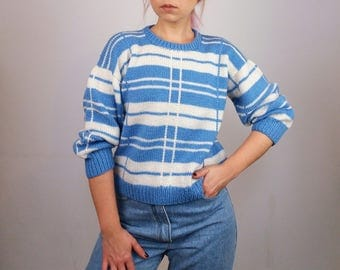 Vintage 80's Handmade Wool Knit Graphic Pattern Pullover / Jumper/ Sweater in Blue and White | Size XS-S