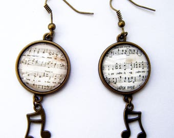 "Earrings cabochon ""sheet music"""