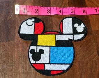 Art Mickey head iron on patch