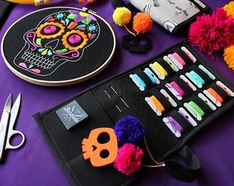 """Deluxe Embroidery Kit + video tutorial """"Calaverita de Azúcar"""""""