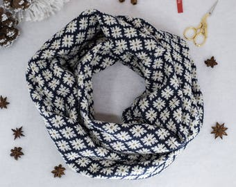 Infinity scarf / Cowl scarf / Winter infinity scarf in dark blue with white and gold snowflakes / Winter accessory / Womens Christmas gift