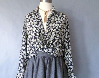 vintage silk blouse/ floral blouse/ button down blouse/ minimalist silk shirt/ women's size S/M