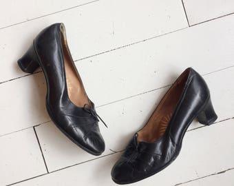 Vintage leather bow chique pumps heels shoes size UK 6 EU 39
