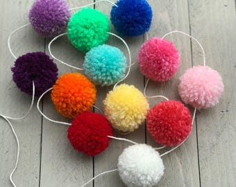 Pompom Garland, Custom Pompom Garland, Easter Garland, Photo Booth Props, Photo Props for babies, Garland Nursey, Custom Garland