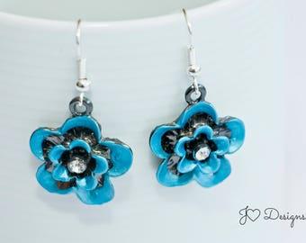 Flower Earrings, Gift for Her, Gifts under 15, Flower Jewelry, Metal Earrings