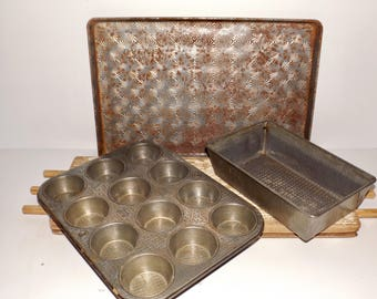 Ovenex hammered bakeware,starburst cookie sheet,jelly roll pan,set of 3,folding loaf pan,12 cup muffin tin,Ekco bakeware,rustic,farmhouse