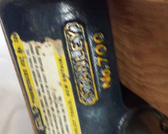 Vintage Stanley No. 700 Bench Vise