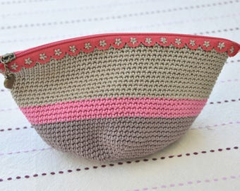 Small clutch or purse