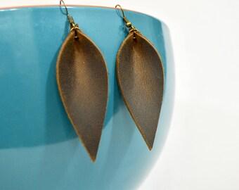 Rustic Barn Wood Brown Leather Leaf Earrings: Joanna Gaines Inspired Leather Leaf Earrings // Brown Leather Leaf Earrings // Leafy Treetop