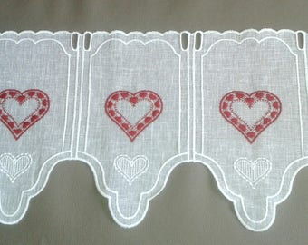 lace curtain ready to install... breeze frieze