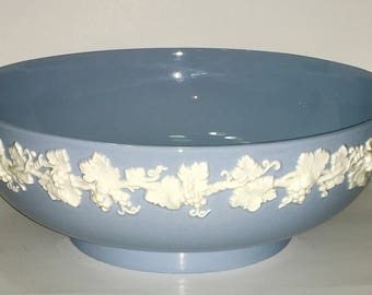 Wedgwood Etruria England Barlaston Embossed Queensware Light Blue Large Bowl