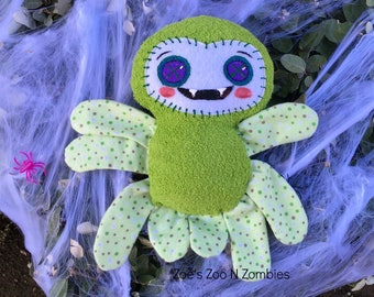 Handmade Green Vampire Spider Softy Toy  Smiley Faced Handpainted Cuddly Doll