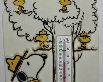 PEANUTS Snoopy Camp Woodstock Thermometer 1965 United Features Syndicate