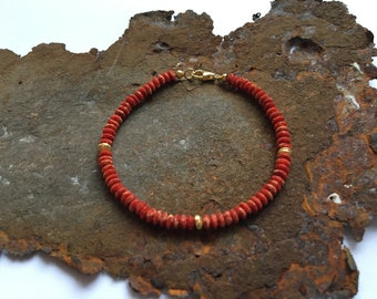 Coral bracelet with gold elements in gilded 925 silver