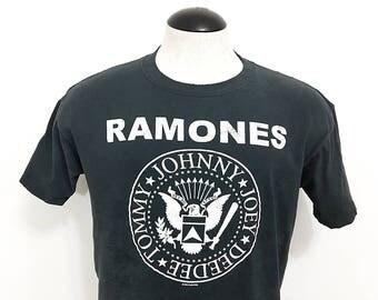 USA Distressed Ramones T-Shirt / Vintage Music Punk Rock T-Shirt / The Ramones Shirt with Tag / Vintage Shirts Men Women