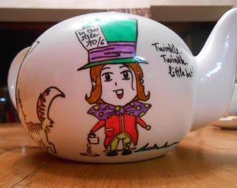 Teapot for 2 - Alice's Adventures in Wonderland