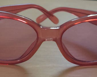 Vintage 90s Ellen Tracy Clear Pink Sunglasses Pink Lenses