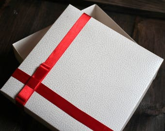 Beautiful Christmas Gift Box, White Gift Box , Wedding Gift Box,  Unique Gift Box, Birthday Box, Satin Ribbon, Diamond Accessory