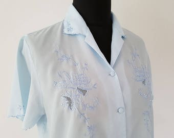 Pretty baby blue vintage blouse | Hand embroidered detail | Made in China