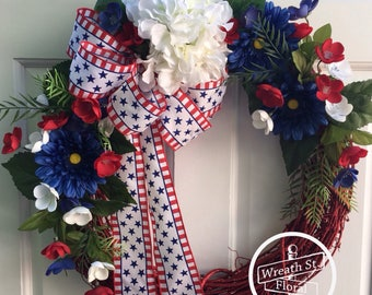 Patriotic Wreath, Red White Blue Wreath, 4th Of July Wreath, Americana Wreath, Door Wreath, Wreath, Summer Wreath, Wreath Street Floral